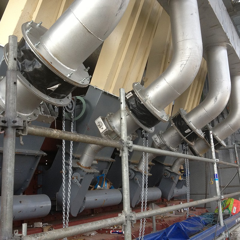 Fabric expansion joint flange type for gas flow pipes - in situ