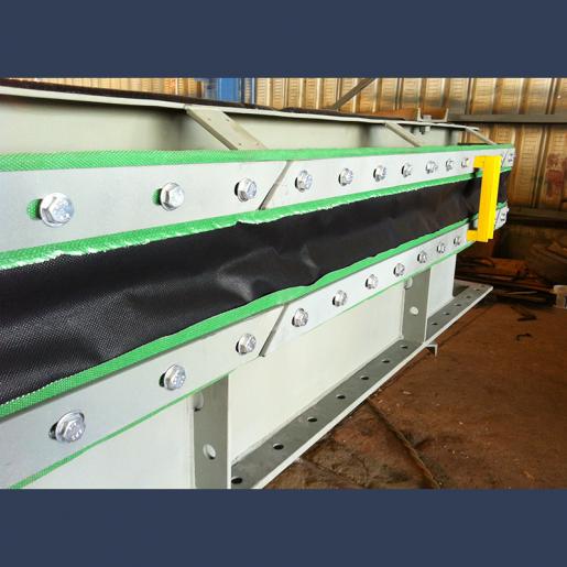 Compensateur de dilatation en tissu type courroie rectangulaire pour réseaux de tuyauteries pour fluides gazeux - fabrication