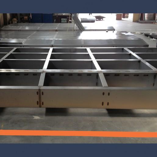 Baffles acoustiques pour cheminée d'échappement de turbine gaz - fabrication