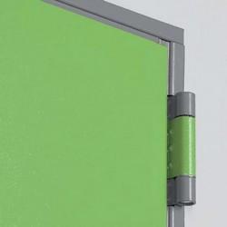 Détail charnière sur porte métallique polyvalente standard