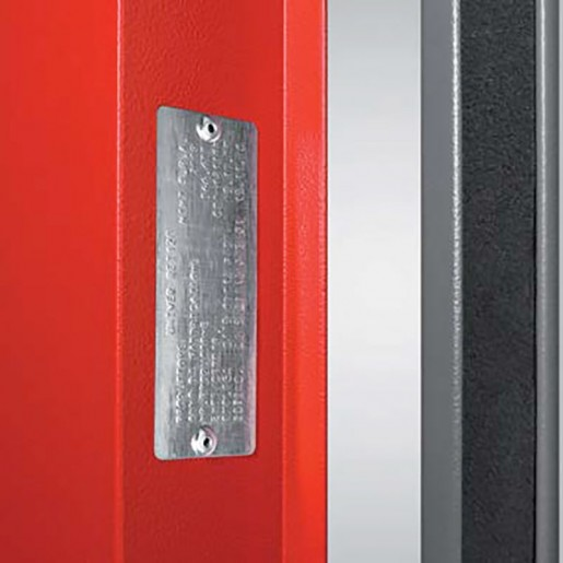 Fire class certification marking on the metal fire door EI2 60