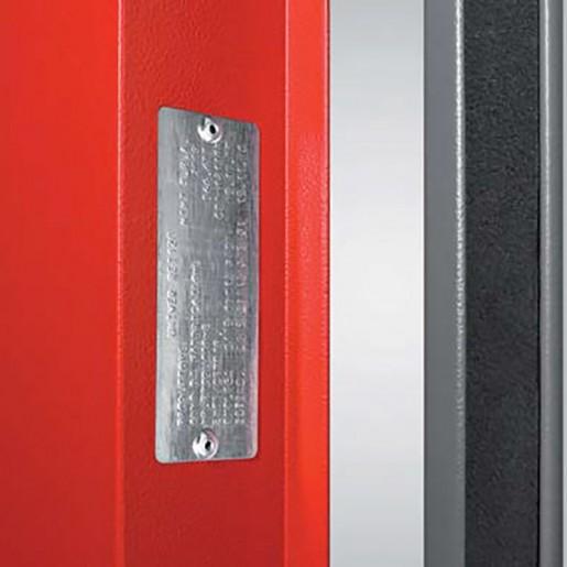Marquage de classification au feu sur porte métallique coupe-feu EI2 60